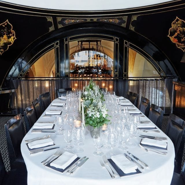 The Wolseley - Table